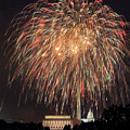 Fireworks Over Washington Dc On July 4th by Steven Heap