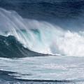 Jaws Wave by Robert Morris
