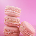 Strawberry Flavor Macaroons  by Milleflore Images