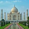 Taj Mahal by Dorota Nowak