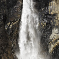 Bridalveil Falls by Sean O'Cairde