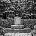 4387- Sculpture Black And Whi by David Lange