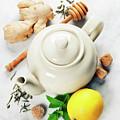 Tea by Natalia Klenova