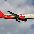 Air Berlin Airbus A320-214 by Smart Aviation