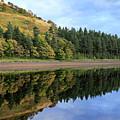 Autumn Derwent Reservoir Derbyshire Peak District by Dave Porter
