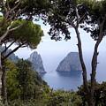 Faraglioni - Capri by Joana Kruse