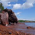 A Superior Red Rock Beach by Sandra Updyke