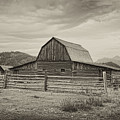 Abandoned Barn by Hugh Smith