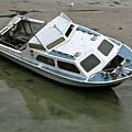 Abandoned Boat by Steve Swindells