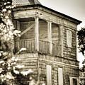 Abandoned Plantation House #4 by Andrew Crispi