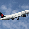 Air Canada Boeing 777-233 by Smart Aviation