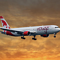 Air Canada Rouge Boeing 767-333 2 by Smart Aviation