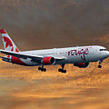 Air Canada Rouge Boeing 767-333 3 by Smart Aviation