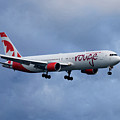 Air Canada Rouge Boeing 767 by Smart Aviation