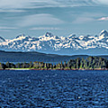 Alaskan Mountain Panorama by Martin Belan