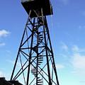 Alcatraz Guard Tower - San Francisco by Daniel Hagerman