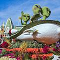 Aliens Spaceship 3 by David Zanzinger