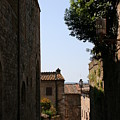 Alleyway In San Gimignano by Christiane Schulze Art And Photography