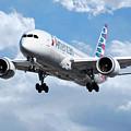 American Airlines Boeing 787 Dreamliner by J Biggadike