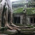 Angkor Wat by Linda Russell