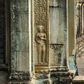 Ankgor Wat  Apsaras by Nichon Thorstrom