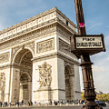 Arc De Triomphe by Robert Suresh Erudiyanathan