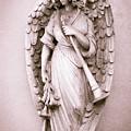 Archangel Gabriel by Dale Kincaid