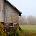 Autumn Barn by Jill Battaglia