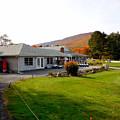 Autumn Mountain Golf Course 6 by Jeelan Clark