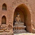 Bagan, Burma by Christopher Sammons