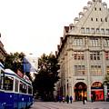 Bahnhofstrasse Zurich by Susanne Van Hulst