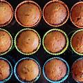 Baked Cupcakes by Carlos Caetano