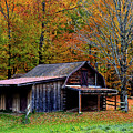 Barn Woodford Mountain by Mark Schiffner