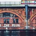Berlin Street Art - Pull The Plug by Alexander Voss
