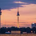 Berlin - Tempelhofer Feld by Alexander Voss