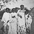Betsimitsaraka Family by S Paul Sahm