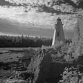 Big Tub Lighthouse by Catherine DeDecker