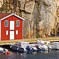 Boat House by Lutz Baar