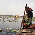 Boatman - Battambang by Patrick Klauss