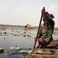 Boatman - Battambang by Patrick Klauss