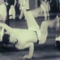 Break Dance by Rasma Bertz