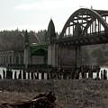 Bridge Deco by Sara Stevenson