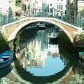 Bridge In Venice by Jennifer Kelly