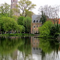 Bruges Minnewater 4 by Randall Weidner