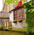 Bruge Canal by Linda Covino