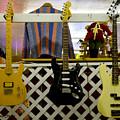 Busted Dreams Of Nashville Stardom by Floyd Snyder