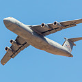C5 Galaxy In Flight by SR Green
