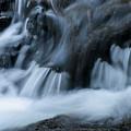 Cascades Cascades by Robert Potts