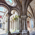 cathedral cloister Se, Porto by Ariadna De Raadt