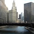Chicago River by Jan Gilmore
